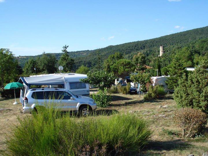 Location emplacement pour Caravanes - Camping Le Cortsavi